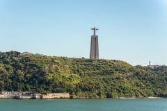 O monumento de Cristo Rei de Jesus Christ em Lisboa, Portugal imagens de stock royalty free