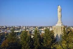 O monumento o mais grande da Virgem Maria no mundo, cidade de Haskovo Imagem de Stock Royalty Free