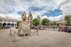 O monumento perto de Plaza De Armas, Peru, Ámérica do Sul Fotos de Stock