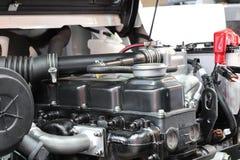 O motor do caminhão de empilhadeira imagem de stock