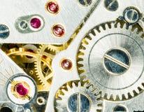 O movimento da parte do tempo de Pocketwatch do relógio do vintage alinha rodas denteadas Foto de Stock Royalty Free
