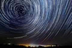 O movimento das estrelas em torno da estrela de Pólo Imagens de Stock Royalty Free