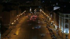 O movimento dos carros na noite video estoque