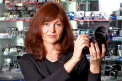 O mulher-vendedor   Foto de Stock Royalty Free
