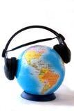 O mundo é listenig Fotografia de Stock Royalty Free