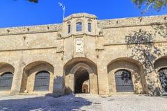 O museu arqueológico da cidade do Rodes, hospital velho do ` s de St John knights imagens de stock royalty free