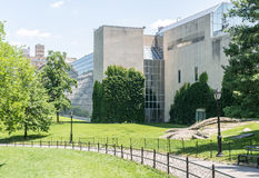 O museu de arte metropolitano - vista do Central Park fotos de stock royalty free