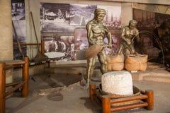 O museu de sal de Zigong mostra o modelo de processo do campo antigo da tecnologia de sal Foto de Stock Royalty Free