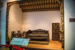 O museu provincial de Guangdong é uma sala com uma arte de madeira cinzelada em Qing Dynasty Foto de Stock Royalty Free
