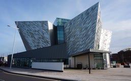 O museu titânico da experiência em Belfast, Irlanda do Norte imagem de stock