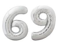 O número de prata 69 sessenta e nove fez do balão inflável isolado no branco Fotos de Stock Royalty Free