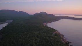 O nascer do sol 2017 aéreo de Maine Acadia National Park July 4K inspira 2