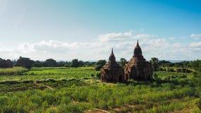 O nascer do sol cênico acima de bagan em Myanmar Bagan é uma cidade antiga com milhares de budista histórico Imagem de Stock