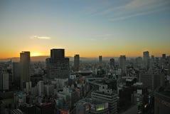 O nascer do sol da arquitetura da cidade de Osaka fotos de stock