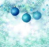 O Natal azul Ornaments o fundo imagens de stock
