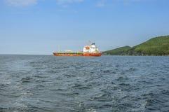 O navio ancorado no porto Foto de Stock Royalty Free