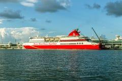 O navio de cruzeiros recorre bimini do mundo Fotografia de Stock