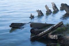 O navio de madeira quebrado Fotos de Stock Royalty Free