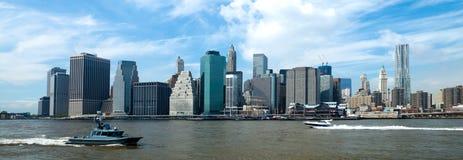 O New York City w da baixa a torre da liberdade Fotografia de Stock Royalty Free