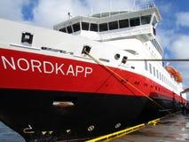 O norueguês do navio hurtigruten Fotografia de Stock Royalty Free