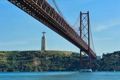 O 25o de April Bridge, Lisboa, Portugal Fotos de Stock