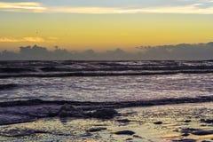 O oceano acorda Fotografia de Stock Royalty Free