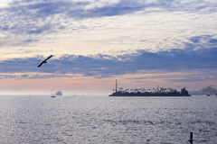 O Oceano Pacífico é durante o por do sol Imagem de Stock Royalty Free
