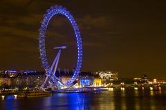 O olho de Londres e o rio Tamisa Imagens de Stock Royalty Free