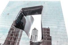O opus - construção líquida moderna do arquiteto Zaha Hadid, Dubai, UAE imagens de stock