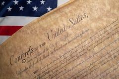 O original do vintage de Estados Unidos da Declaração de Direitos em EUA embandeira o fundo imagem de stock royalty free