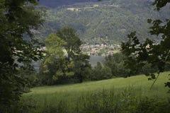 O ossiacher da vila de Áustria considera Fotografia de Stock Royalty Free