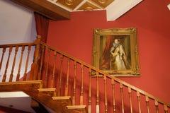 O ouro moldou o retrato pintado colonial fotografia de stock