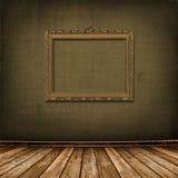 O ouro velho molda o estilo do Victorian na parede imagens de stock