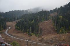 O outono nas montanhas é uma grande época em que for ainda morno e bonito imagem de stock