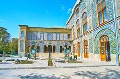 O pátio do palácio de Golestan, Tehran Imagem de Stock