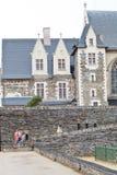 O pátio irrita dentro o castelo, França Fotos de Stock