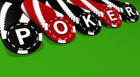 O póquer lasca fileiras no verde Fotos de Stock