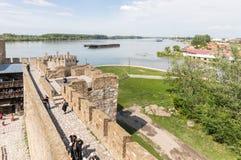 O p?tio da fortaleza de Smederevo, estando nos bancos do Danube River na cidade de Smederevo na S?rvia imagens de stock royalty free