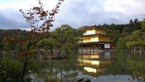 O pagode bonito de Otowa-san Kiyomizu-dera na cor da queda filme