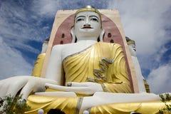 O pagode de Kyaikpun em Myanmar Foto de Stock