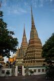 O pagode está em Wat Pho que foi nomeado como o templo do pagode Imagens de Stock