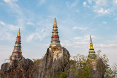 O pagode na parte superior da montanha Imagem de Stock