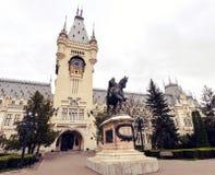O palácio da cultura em Iasi, Romênia fotos de stock