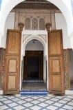 Entrada arqueada ao palácio de Baía em C4marraquexe imagem de stock royalty free