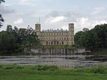 O palácio de Gatchina no subúrbio de St Petersburg Imagem de Stock Royalty Free