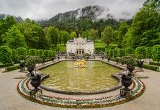 O palácio de Linderhof é um Schloss em Alemanha, no sudoeste Baviera Imagem de Stock