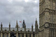 O palácio de Westminster Londres, Inglaterra, Reino Unido fotografia de stock royalty free