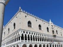 O palácio do doge, a Veneza, o Itália, e elementos arquitetónicos fotografia de stock royalty free
