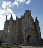 O palácio dos peregrinos em astorga no cammino a santiago fotos de stock royalty free