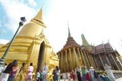 O palácio grande e o Emerald Buddha em Tailândia Fotografia de Stock